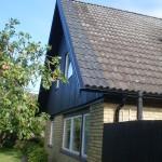 Takförlängning över husgavlar samt tilläggsisolering och målning gavlarna
